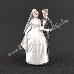 Esküvői pár, kézfogós