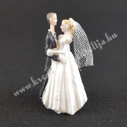 Esküvői pár, táncoló