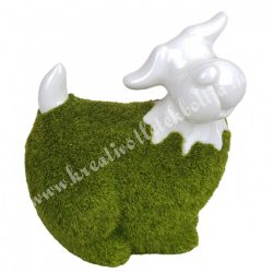 Porcelán kutya, műfüves, fehér-zöld, 11x13 cm