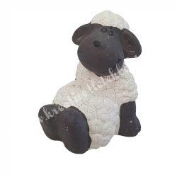 Hátra támaszkodó bárány, 5,5x7,5 cm