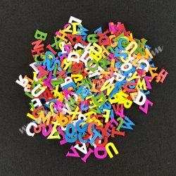 Fa betűk. színes
