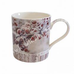 Porcelánbögre, havas bogyós, 12,5x9,5 cm