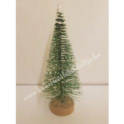 Zöld mini fenyőfa, fa talpon, 5 cm