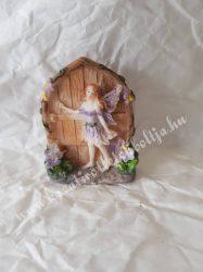 Ajtó tündérrel ajándéktasakban, kicsi, lila