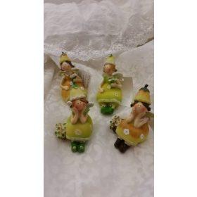 Kerámia- és polyresin figurák