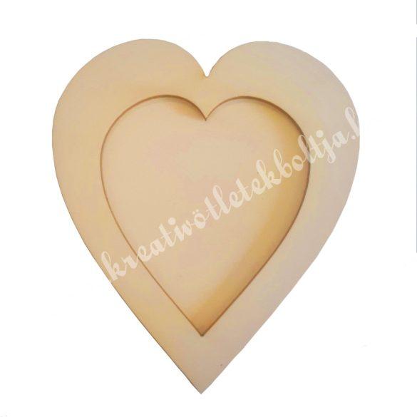 Fa képkeret, szív, 14x16 cm
