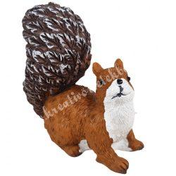Polyresin fekvő mókus, 6x7,5 cm