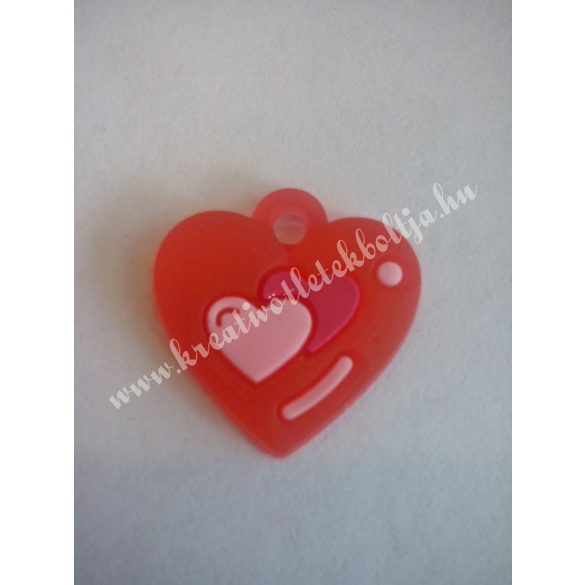 Gumigyűrű dísz, 20x20 mm, szivecske, piros