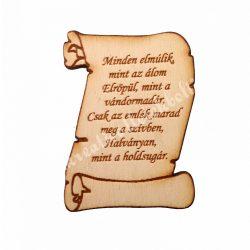 Pergamen idézettel, fa, 7x5,5 cm
