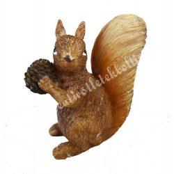 Polyresin mókus, tobozzal, barna, 10,5x11,5 cm