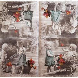 Szalvéta, gyerekmintás 12., gyerekek rózsákkal, 33x33 cm