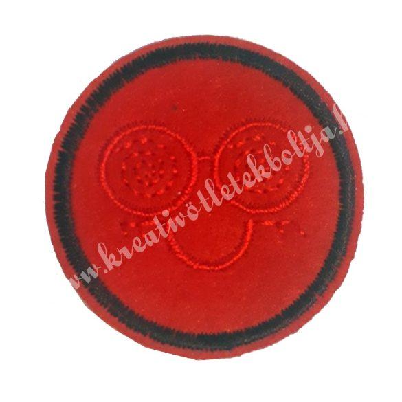 Vasalható matrica, Smiley, piros hímzéssel, 4,5 cm